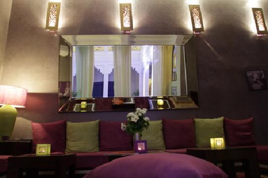 Riad charlott 39 hotel marrakech maroc voir les tarifs for Salon zen rabat tarifs