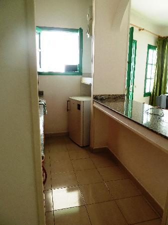 Luz y Mar Apartments: The Kitchen - Hob & Microwave (No Oven)