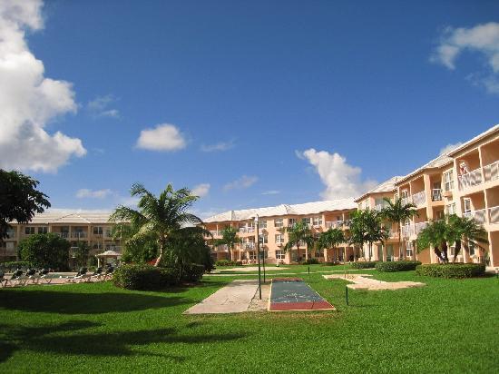 Island Seas Resort: Esterno