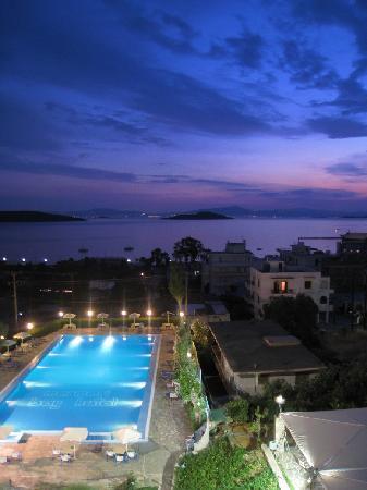Marmari Bay Hotel: Piscina