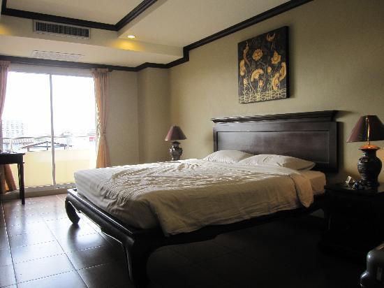 R - Con Residence: ダブルベットの部屋