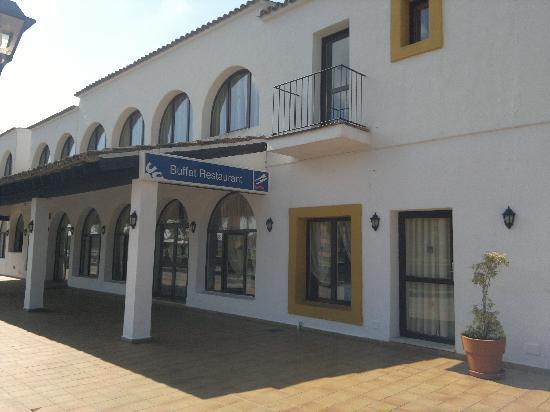 BelleVue Club: Food hall