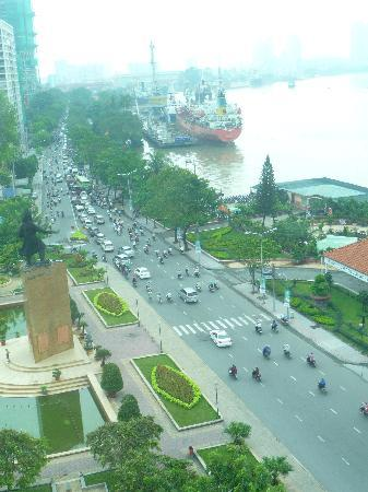 Sofitel Phnom Penh Phokeethra : View from our room (#808)