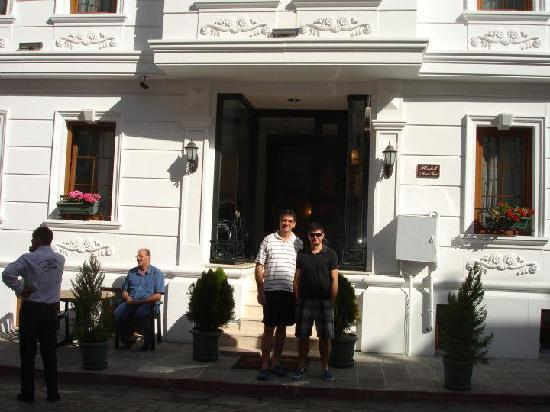 Maritime Hotel: Boys in front of Mari Time