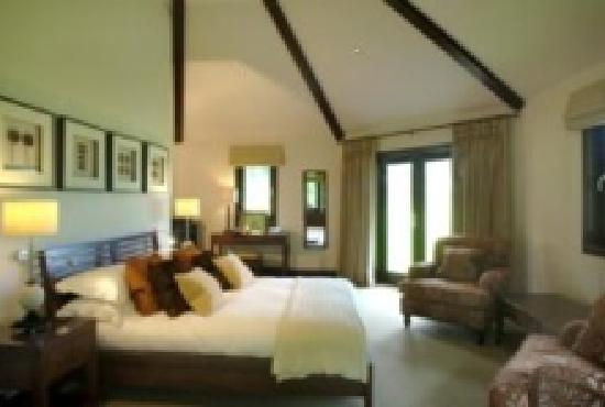 Ardeonaig Hotel: Inside a Sheiling Lodge