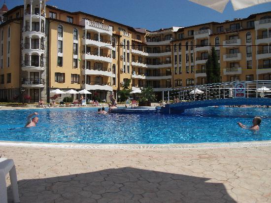 Royal Sun Apartments: 3