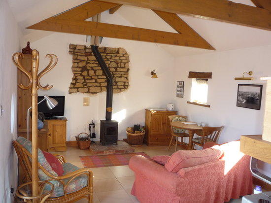 Withy Mills Farm: Wharfingers living area