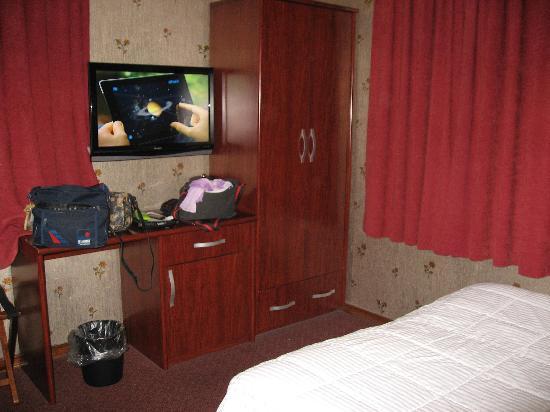 Hotel Mimosa: Habitacion