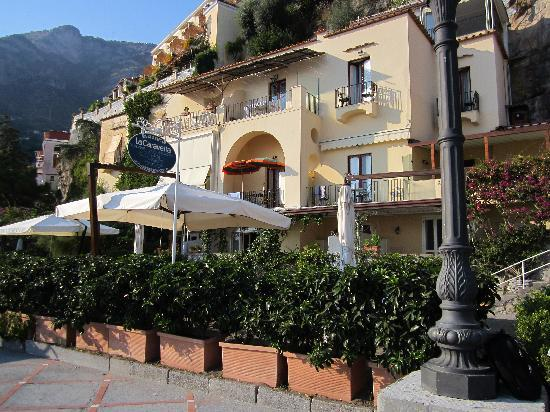 La Caravella Positano : The front of the hotel