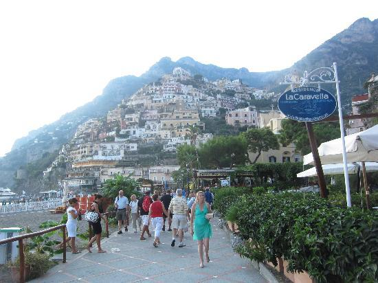 La Caravella Positano: View of the town