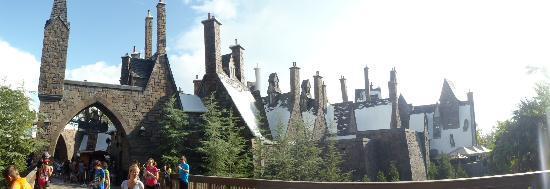 ยูนิเวอร์ซัลส์ ไอส์แลนด์ ออฟ แอดเวนเจอร์: Le village de Harry Potter