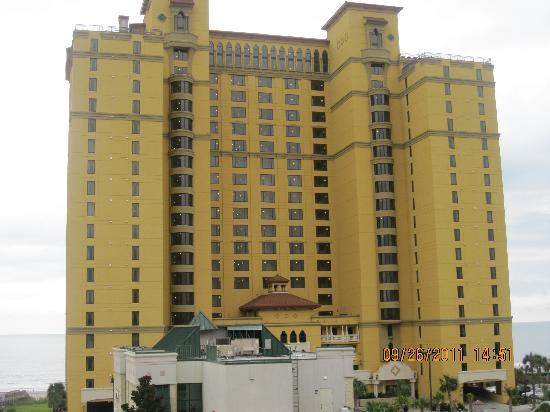 Anderson Ocean Club and Spa, Oceana Resorts: resort from front