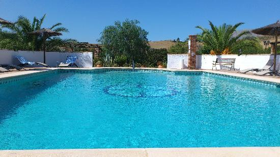 Cortijo Valverde: The saltwater pool