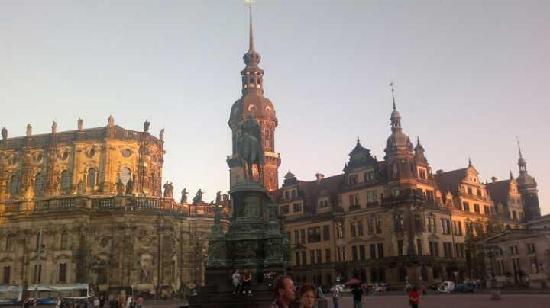 Best Western Hotel Quintessenz-Forum: Cerca de la Operahaus