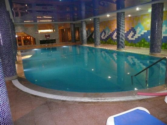 Falesia Hotel: The indoor pool