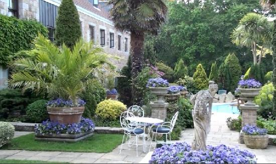 Greenhills Country House Hotel: Spring 2011