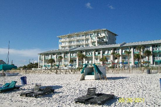 The Sandpiper Beacon Beach Resort: Beautiful View at the location