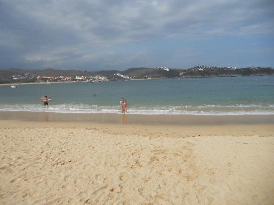 Las Brisas Huatulco: en una de las playas de hotel