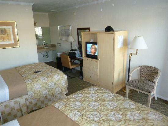 Americas Best Value Inn Golden Gate: motel 2