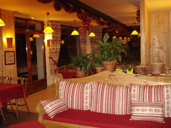 Villard-de-Lans, France: La Taiga hotel villard de lans - Salon