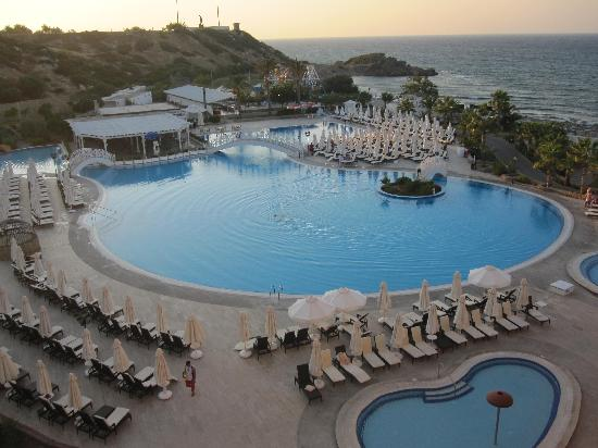 Catalkoy, Cypr: Acapulco Pool