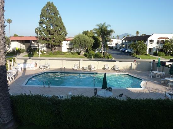 Days Inn Camarillo - Ventura: Großer Pool