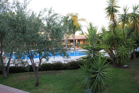 Vascellero Club Resort: piscin