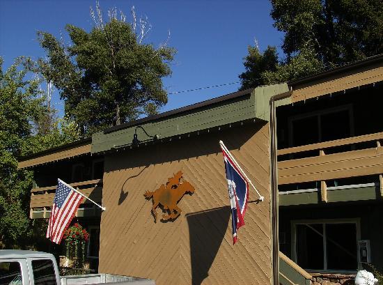 Pony Express Motel: God Bless America