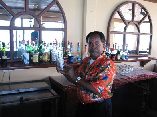 St. Lucian by Rex Resorts: Tim best barman in St Lucia