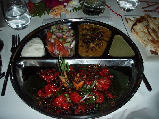 มีรูไอซ์แลนด์รีสอร์ท&สปา: asian wok