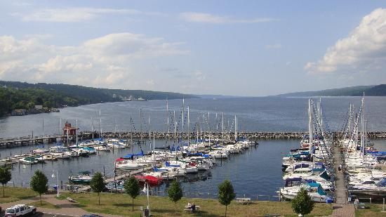 Watkins Glen Harbor Hotel: The Harbor view
