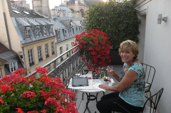 Hotel Esprit Saint Germain: the Terrece in 501