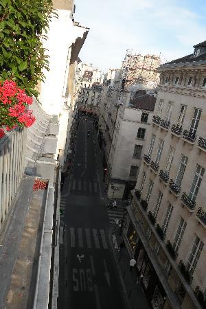 Hotel Esprit Saint Germain : Street the othwer way