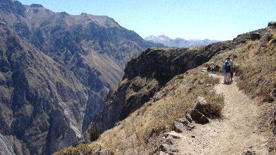 Colca Canyon: Hiking the Rim