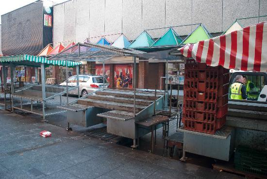 Moore Street: A shopping centre