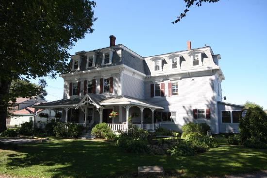 The Inn at Southwest: Mansard roof