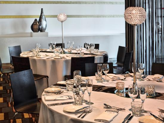 Infuse Restaurant - Hemisphere Convention Centre | Holmesglen Tafe 488 South Road, Moorabbin Victoria 3189 | 03 9093 7999