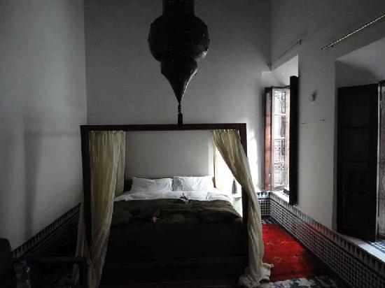 Riad Tizwa Fes: Roomo interior