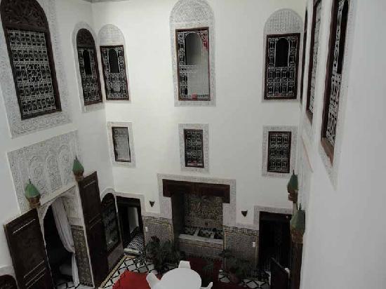 Riad Tizwa Fes: Courtyard