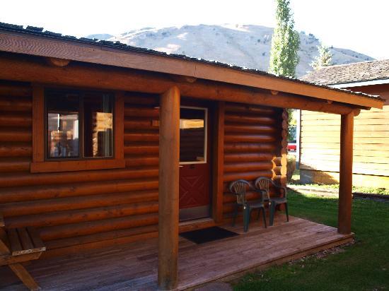 Bedroom picture of cowboy village resort jackson for Jackson hole cabin resort