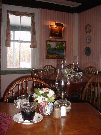 Center Lovell Inn: Dining Room