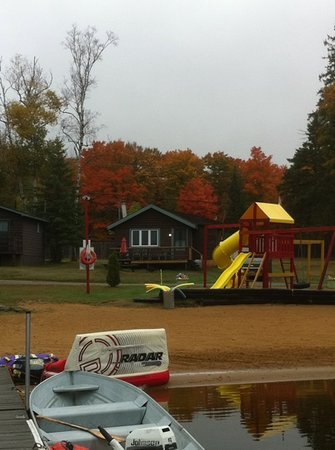 Oxtongue Lake Cottages : the play area and cabin #5