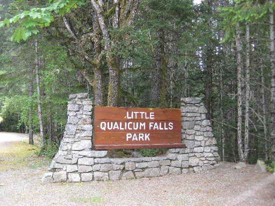 Little Qualicum Falls Provincial Park: You can't miss this sign.