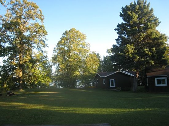 Wood Haven Resort : One of the cabins