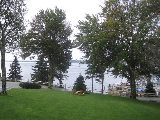 Spruce Point Inn Resort and Spa: View from room (Basal)