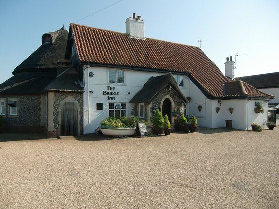Acle, UK: The Bridge Inn
