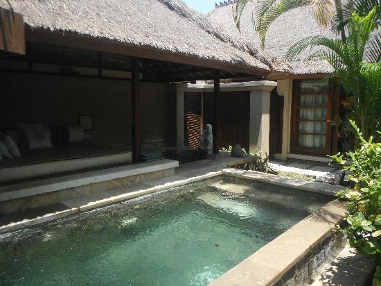 Mimpi Resort Menjangan: Own pool and hot spring bath
