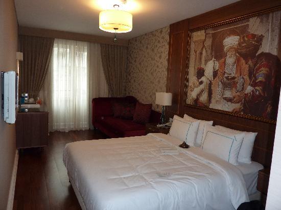 Neorion Hotel: Room 205