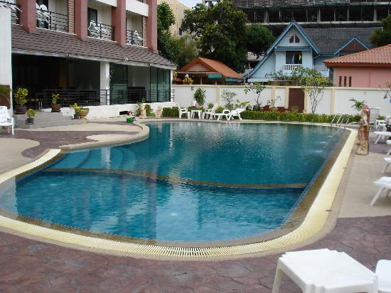 Nature View Hotel : Swimming pool