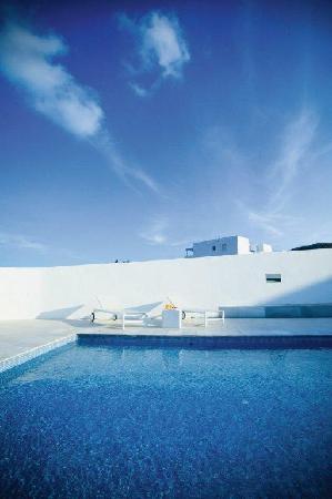 Hotel Cala Grande: PISCINA